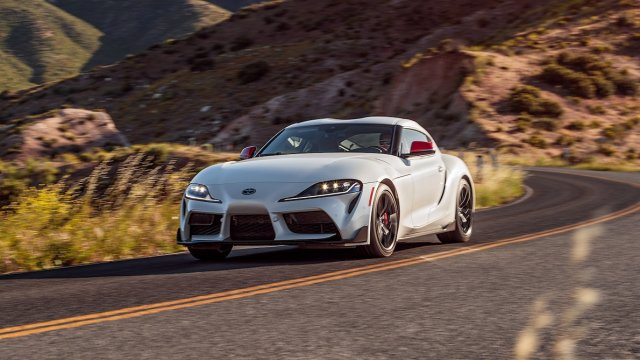 2020-Toyota-Supra-Launch-Edition-front-motion-view-1.jpg