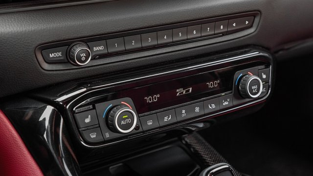 2020-Toyota-Supra-Launch-Edition-interior-controls.jpg