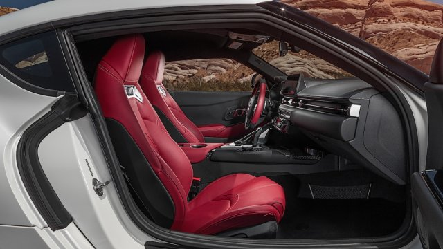 2020-Toyota-Supra-Launch-Edition-interior-from-side-1.jpg
