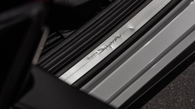 2020-Toyota-Supra-Launch-Edition-interior-sill-plate.jpg
