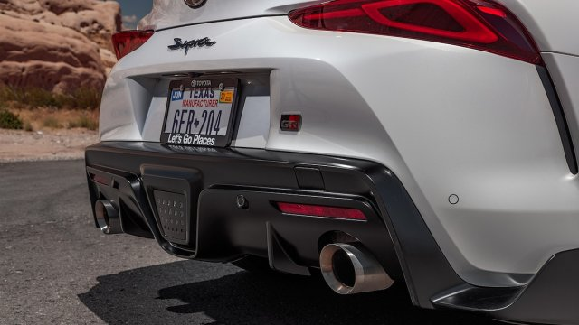 2020-Toyota-Supra-Launch-Edition-rear-clip-and-exhaust.jpg