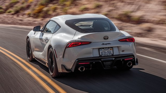 2020-Toyota-Supra-Launch-Edition-rear-side-motion-view-closer-1.jpg